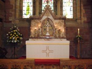 interior-altar